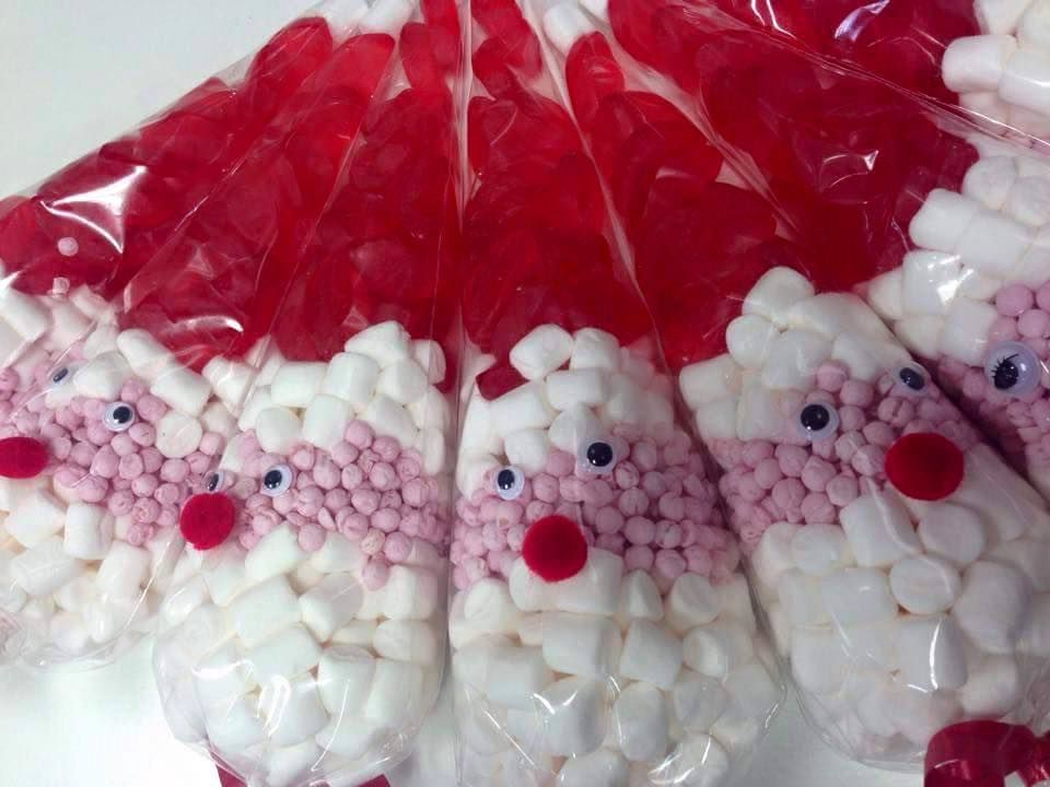 Christmas Cones Pack Of 10 Party Sweet Cones